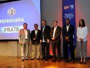 Ferroviária recebe prêmio da FPF em programa de excelência da gestão