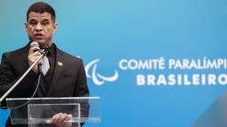 """Sem vacina até dezembro, """"não haverá Jogos"""", avalia Conrado"""