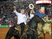 Bolsonaro cavalgou na Festa do Peão de Barretos, no último sábado (17)