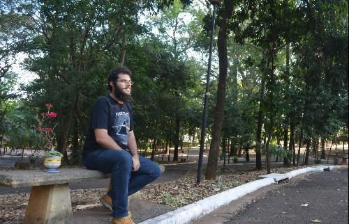 Professor Pedro Henrique Trench escolhe a Praça no Jardim do Bosque, a Matinha do Bosque, como seu lugar em Matão. (Cássio Carrara) - Foto: ACidade ON - Araraquara