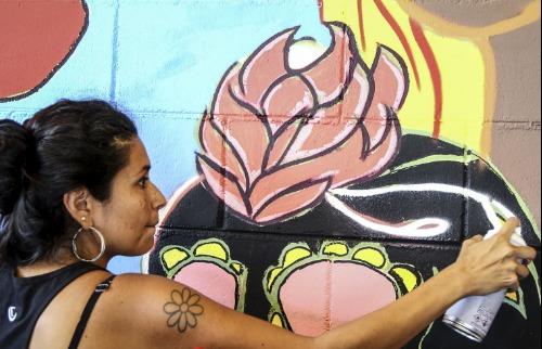 Da reportagem - Projeto cultural leva oficinas de grafite a jovens da região (Fábio Rodrigues/G1)