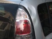 Grávida diz não ter dinheiro e homem quebra o carro dela em semáforo