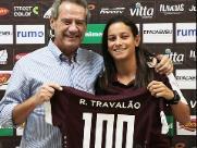 Rafa Travalão completa 100 jogos com a camisa grená e recebe homenagem