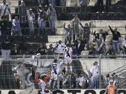 Longuine marca e Ponte Preta vence a primeira na Série B