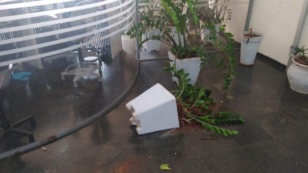 Rapaz entrou na Prefeitura e quebrou alguns objetos (Foto: Divulgação) - Foto: ACidade ON - Araraquara