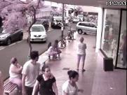 Comerciante reboca carro parado em vaga de empresa em Sertãozinho