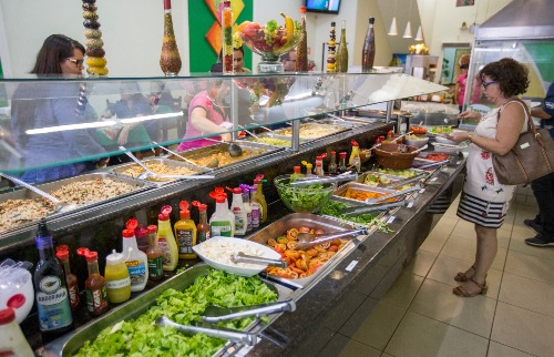 Weber Sian / A Cidade - Peso no bolso: Preço da comida reflete o alto potencial de consumo  da cidade, segundo estudo (foto: Weber Sian / A Cidade)