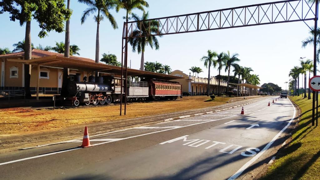 Avenida Marginal Laércio Gothardo em frente ao Centro Cultural tem trecho fechado amanha (Foto: Ivair Oliveira) - Foto: Ivair Oliveira/Divulgação