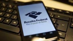Receita paga hoje restituições do IR do período 2008/2019