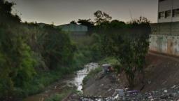Homem cai em córrego na zona Norte de Ribeirão Preto