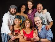 Roberta Oliveira e o Bando de Lá se apresentam no Sesc Araraquara
