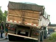 Jovem morre após ser atingido por roda de caminhão em rodovia