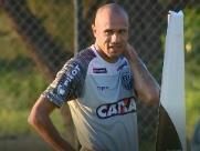 Osvaldo Luís comenta a contratação de Roger pela Ponte