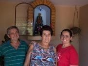 Família abre casa para acolher romeiros em Bonfim Paulista