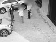 Câmera de segurança flagra roubo de relógios na zona Sul de Ribeirão