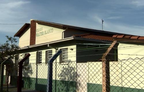 ACidade ON - São Carlos - Salas de aula improvisadas geram reclamações em creche de São Carlos