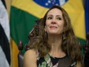 Câmara de Ribeirão aprova homenagem para primeira-dama Samanta