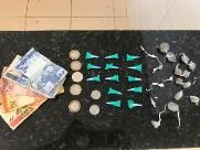 Dois são detidos por tráfico de drogas em São Carlos