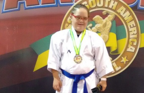 Divulgação - Karateca de São Carlos conquista medalha de ouro