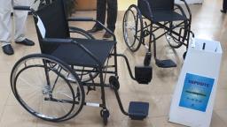 Cadeiras de rodas são arrecadadas em campanha de tampinhas