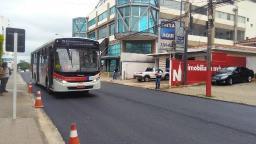 Ônibus voltam a passar em trecho da Rua Dona Alexandrina