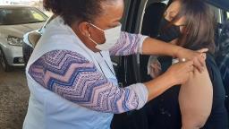 Mulheres participam mais da vacinação contra a Covid
