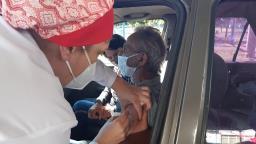 São Carlos vacina hoje idosos com 62 anos; veja os locais