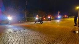 Jovem fica gravemente ferido ao colidir com carro na Vila Morumbi