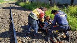 Moradora de rua é encontrada com ferimentos na linha do trem