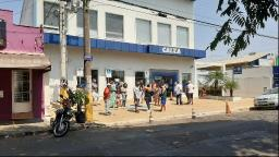 Caixa inicia pagamento do auxílio emergencial extensão de R$ 300