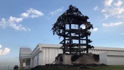 Estátua da Havan pega fogo na Washington Luís