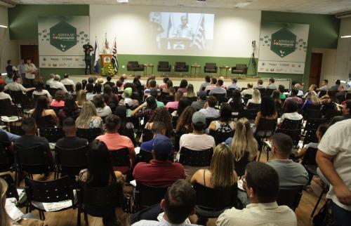 O secretário de Estado da Agricultura, Francisco Jardim, abriu oficialmente a 2ª Edição do Agenda do Agronegócio - Foto: Pierre Duarte / Especial