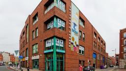 Escola da Irlanda oferece três mil bolsas de estudos de inglês