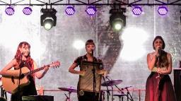 Sesc São Carlos apresenta show gratuito com trio Clementines