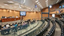 Covid-19: Câmara adia projetos sobre cuidados na volta às aulas