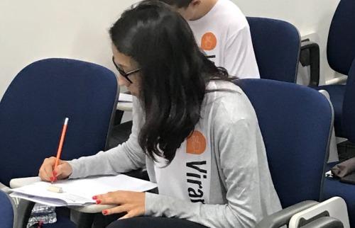 Estudante durante prova final do Simulado Virando Bixo, edição 2017 - Foto: Virando Bixo