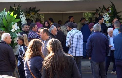 Sob forte comoção, Gilberto Chierice é enterrado em São Carlos - Foto: ACidade ON - São Carlos
