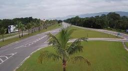DER libera circulação de veículos de carga em rodovias de SP