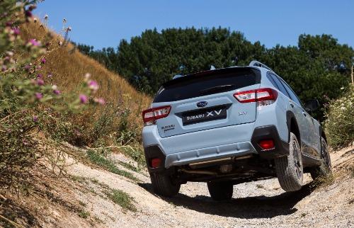 Divulgação - Subaru XV tem bom desempenho off-road e no asfalto (foto: