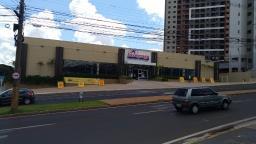 Supermercados fecham para cumprir lockdown total de 60 horas