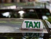 Regulamentação de táxis prevê instalação de câmeras e carros acessíveis