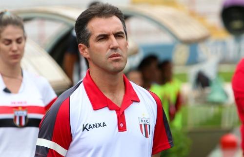 Rogério Moroti / Agência Botafogo - Botafogo: Técnico Léo Condé espera briga acirrada com Red Bull pela classificação (foto: Rogério Moroti / Agência Botafogo)