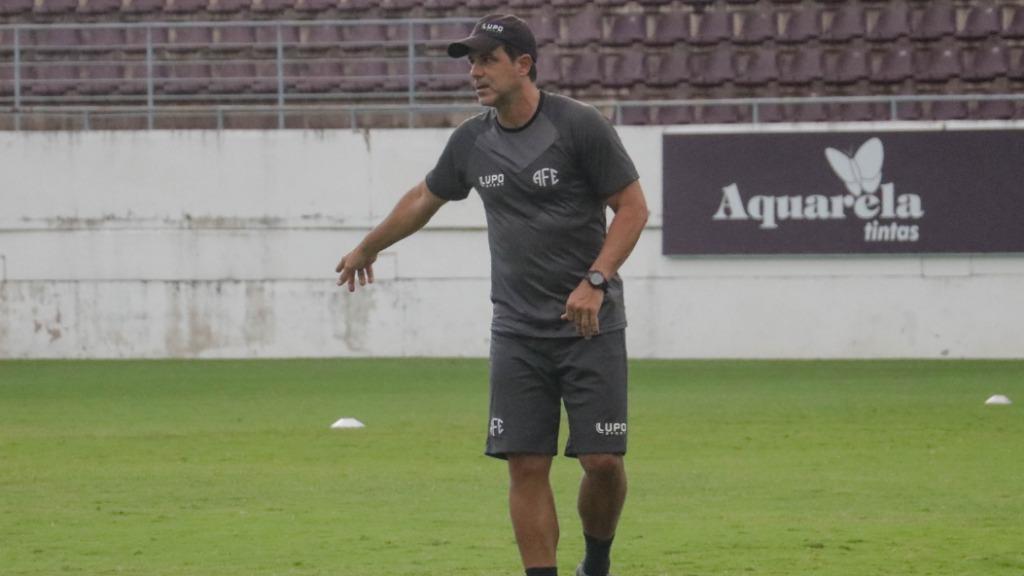 Técnico Márcio Griggio acredita no crescimento da equipe na Copa Paulista (Foto: Divulgação/Millena Cravo/Ferroviária) - Foto: Divulgação/Millena Cravo/Ferroviária