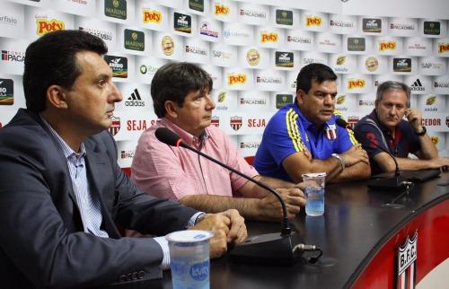 Rogério Moroti / Agência Botafogo - Técnico Moacir Júnior e diretor Virgílio Pires já avisaram: Botafogo vai utilizar jovens da base