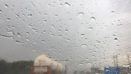 Terça-feira fechada e chuvosa no Circuito das Águas