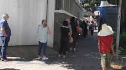 Terceiro dia de campanha de vacinação tem filas em Campinas