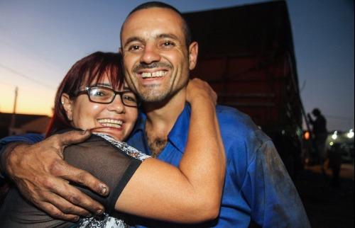 Tina e Paulinho esperam encontrar mais alegria e esperança após meses de sofrimento (Amanda Rocha/ACidadeONAraraquara) - Foto: Amanda Rocha/ACidadeONAraraquara