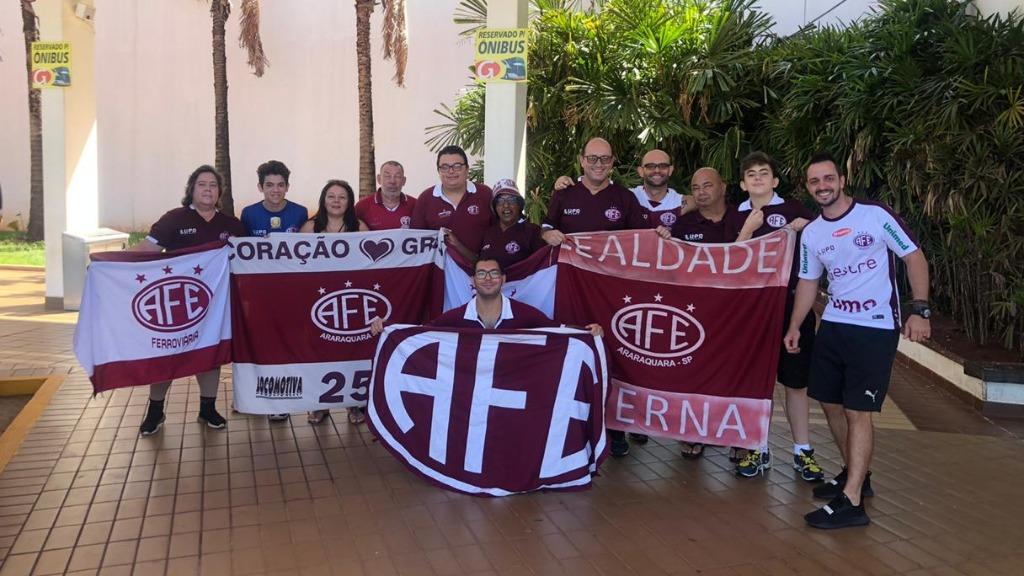 Torcedores de Araraquara rumo a Santo André para apoiar a Ferroviária (Foto: Arquivo Pessoal) - Foto: Arquivo Pessoal