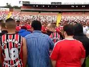 Torcida do Botafogo protesta contra campanha da equipe no Paulista
