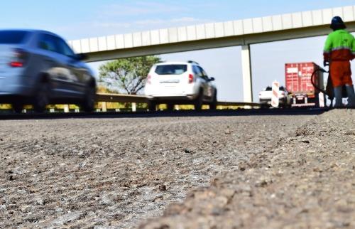 Trabalho de recuperação de asfalto no Anel Viário, em Campinas. (Foto: Divulgação/Rota das Bandeiras) - Foto: Divulgação/Rota das Bandeiras